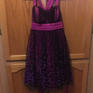 Semi formal pink/black small dress